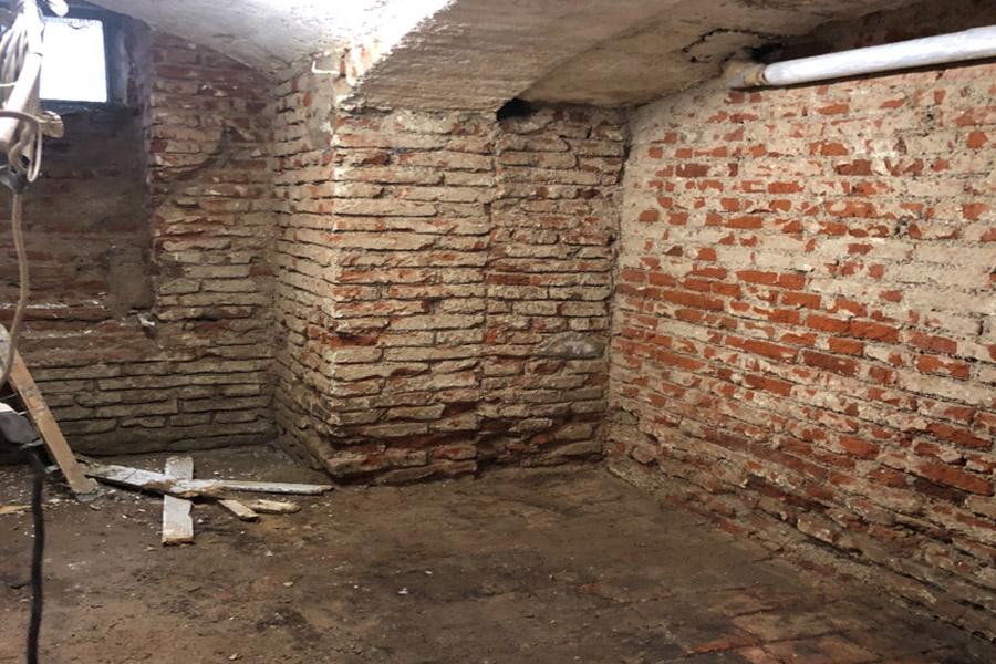 Feuchter Keller - vor der Abdichtung und Sanierung